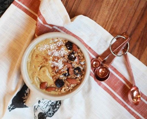 Pumpkin-smoothie-bowl-2